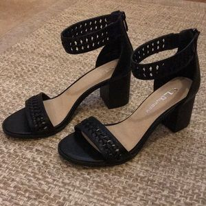CL Chinese Laundry Black Block Heels Size 7
